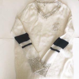 Easel White Knitted Sweater Size Small G1